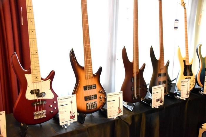 Ibanez Bass 700x.jpg