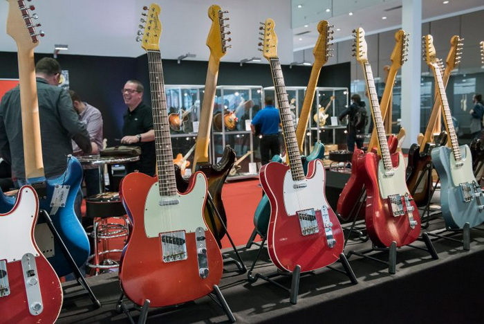 image-guitares 700x.jpg