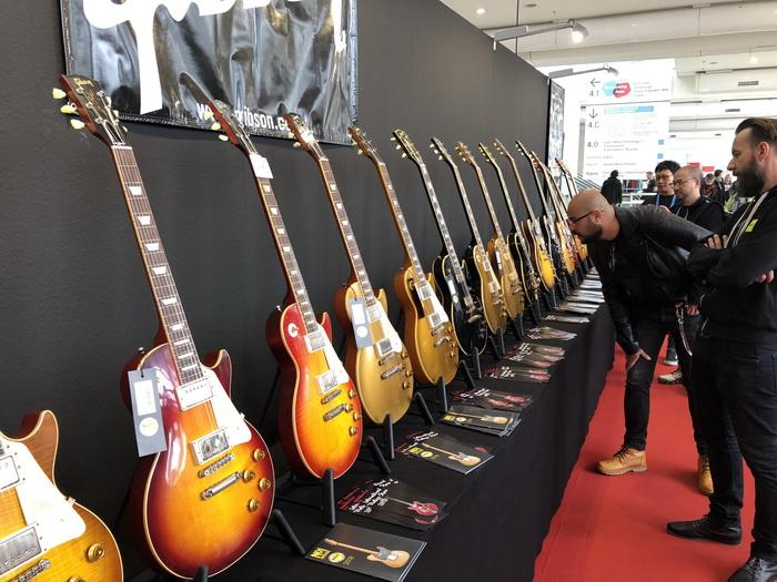 Gibson_IMG_7186_700x.jpg