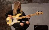 Új Fender Player sorozatú basszusok